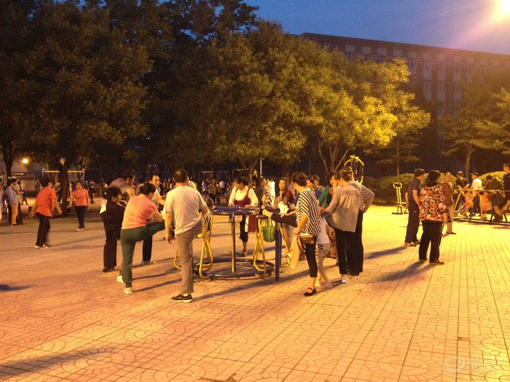 【全民健身与全运同行】葫芦岛市民用健身方式迎接十二运的到来