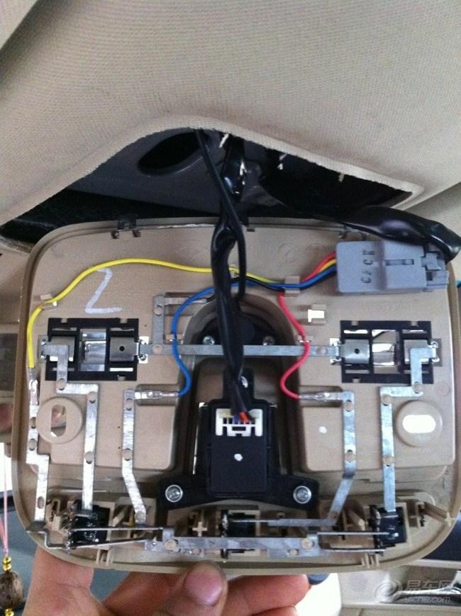 求教,顶灯ACC电源在哪里 -荣威350用车改装问答高清图片