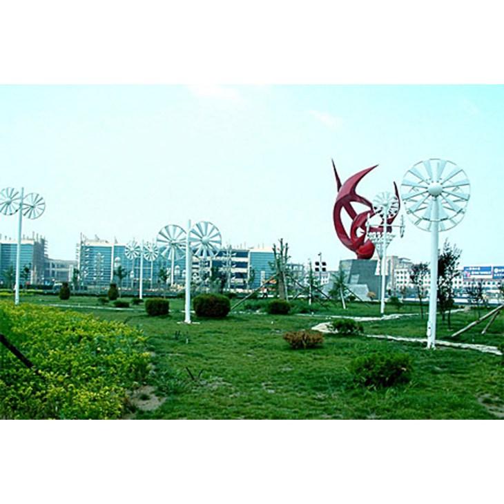 运城,被称为中华民族的滥觞之地,华夏之祖,炎黄之根,中国之本。有人说:只有到了运城,才能最直观地感知华夏文明的始祖和起源。运城也是三国名将关羽的故乡,运城机场就名为关公机场。 运城古称河东,因盐运之城而得名,位于山西省最南端,西临黄河,与陕西、河南两省隔黄河相望。运城距省会太原约380公里,距古都西安、洛阳约200公里左右。运城关公机场有至北京、广州、上海、成都、深圳和太原等地的航班。 运城是中华民族重要的发祥地之一,舜都蒲坂、禹都安邑以及中国奴隶制社会第一个王朝夏的都城均在这里。运城人文荟萃,