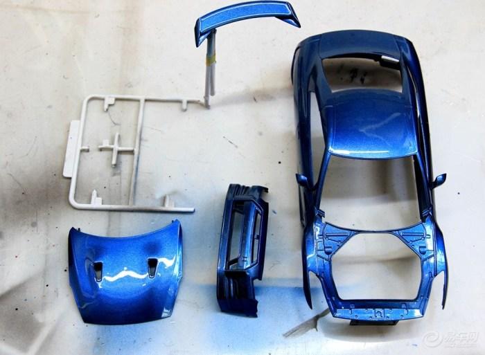 【买不起真车,上个R35模型的拼装作业吧.】_日