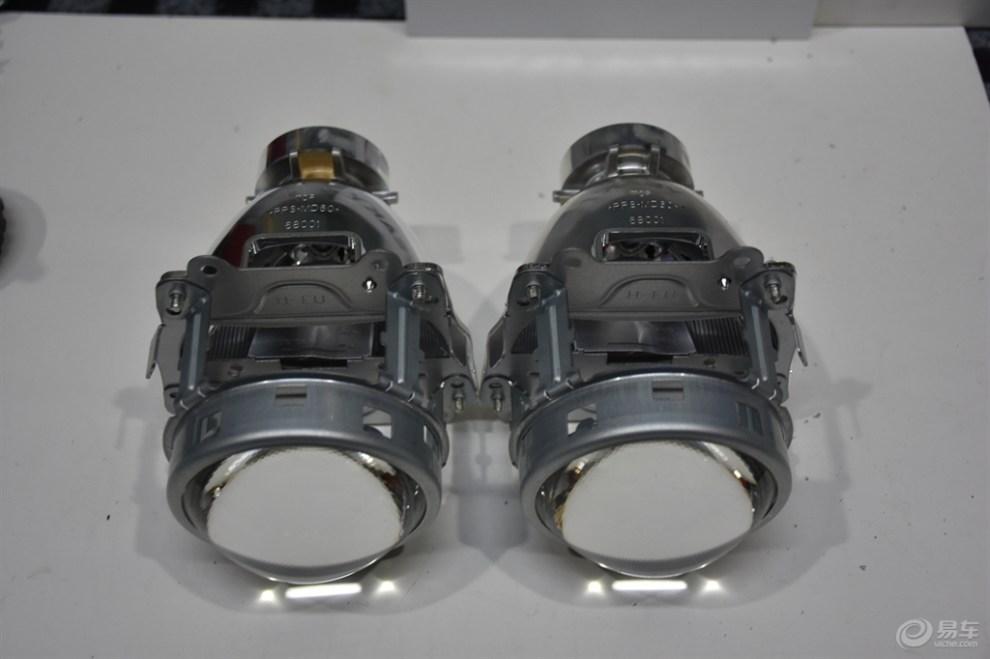汉兰达升级前大灯 改装进口海拉5透镜和欧司朗安灯器高清图片