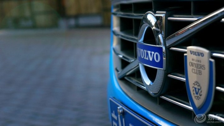 迟来的沃尔沃V60提车作业