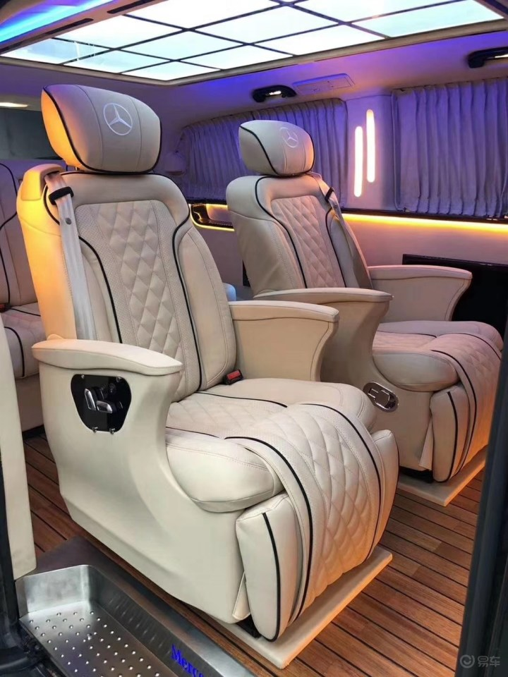 奔驰威霆简单款升级,低调内涵。