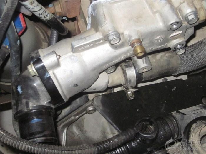 漏防冻液了,新爱丽舍发动机出水室漏液检修