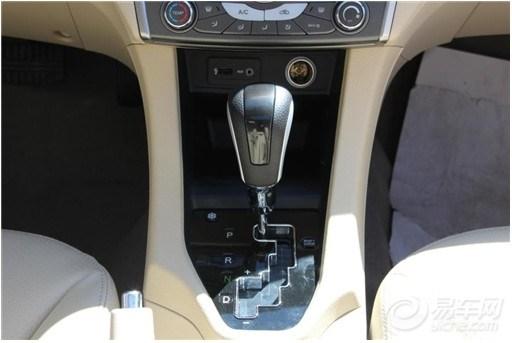 东南汽车V5菱致智能家用车操控全解析高清图片