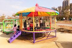 我与小情人约会邕江五象南岸滨江公园去放松一下