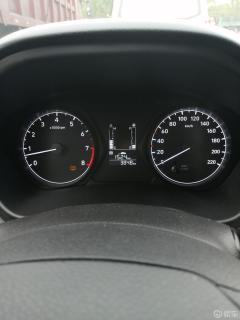今天,看到我的瑞纳车上出现桔色标志,问问大家是什么情况?