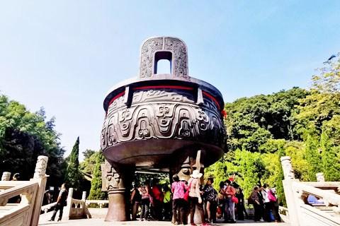 【广东深度游2】肇庆鼎湖山的铜铸大鼎-九龙宝鼎收进吉尼斯