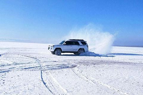 初冬穿越焦乌尔山,走进冰天雪地的绝美世界