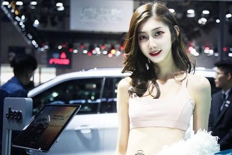易车广东车展福利多,美女车模个个颜值太出众