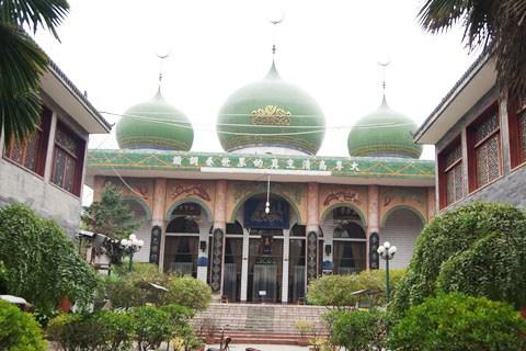 【远方的长安】精美绝伦的清真寺 民俗浓郁的洒金桥 孤寂的小雁塔