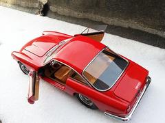 【易起鲨向未来】【青青河边草】一个法拉利车模