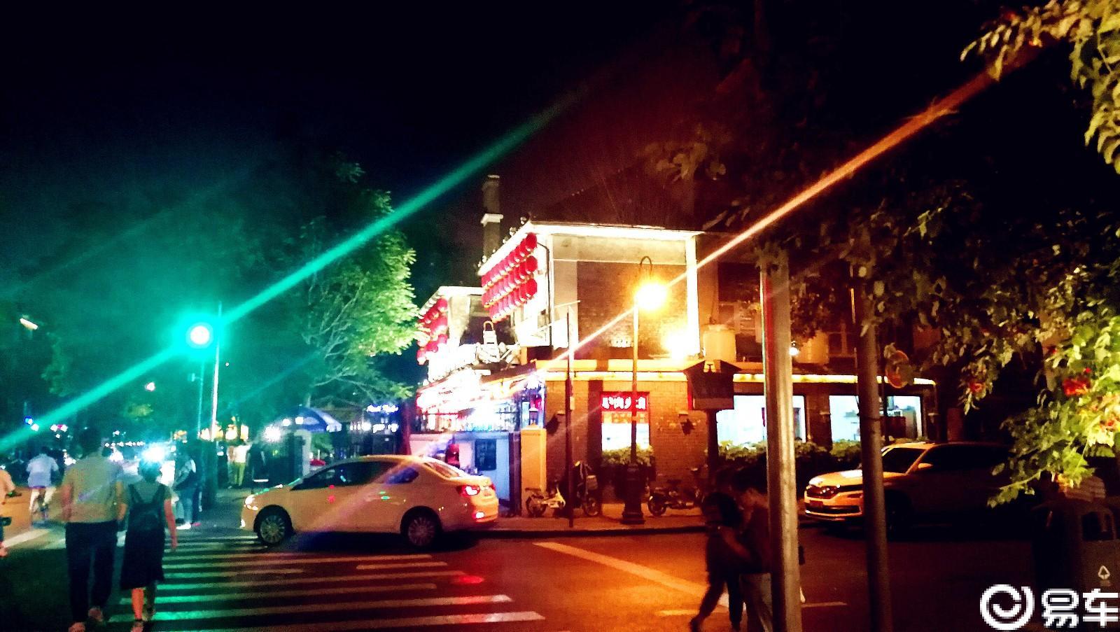 夏日休闲新去处,小逸带我逛民园文化广场