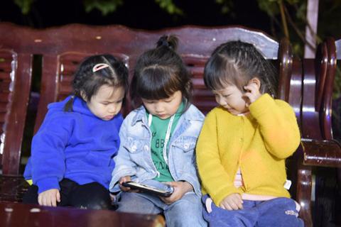 东江湖的夜,体会当地风土人情不一样的味道