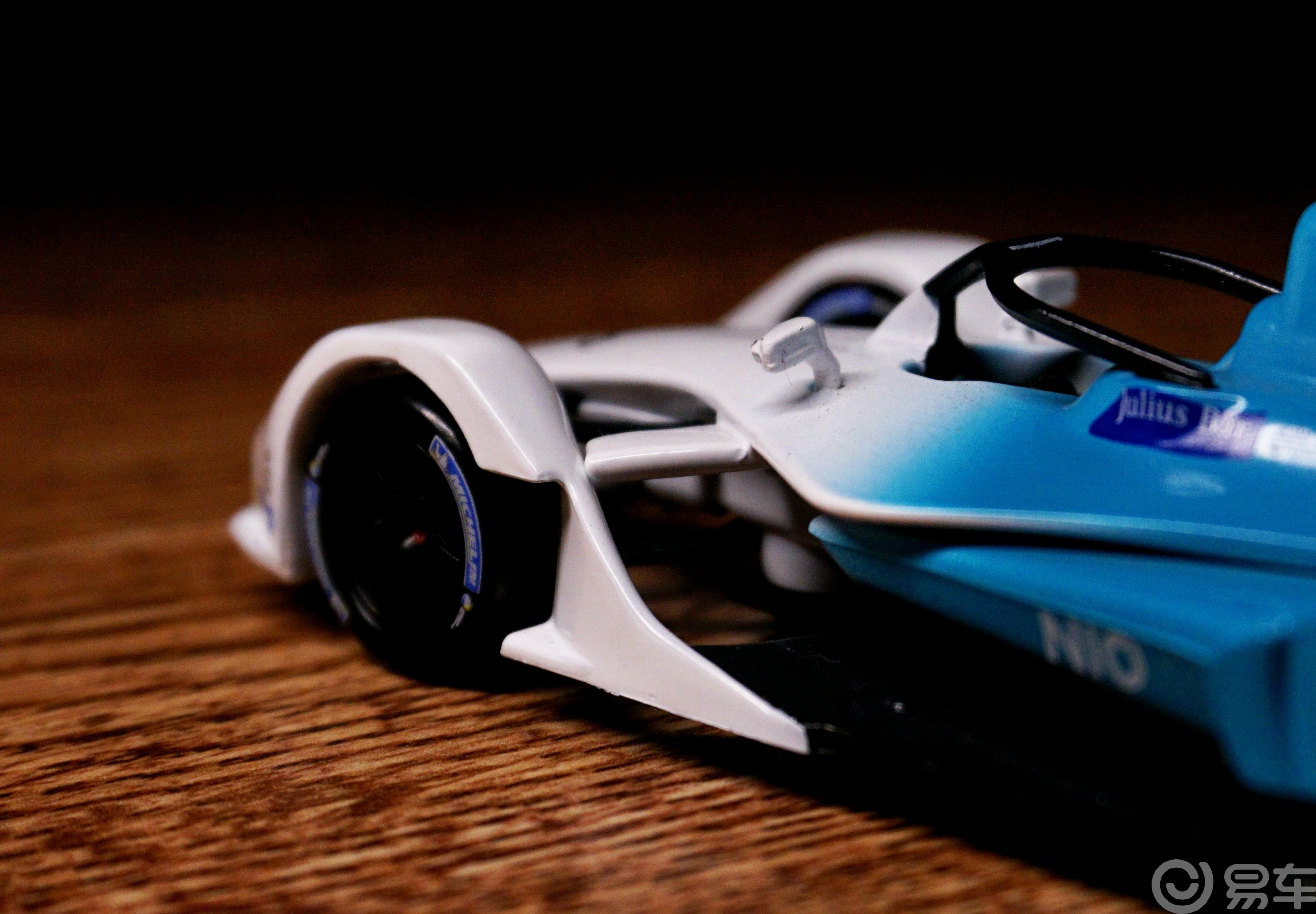 【巴蜀之国,易很精彩】秀出在电动化领域的实力---蔚来FormulaE车模欣赏。
