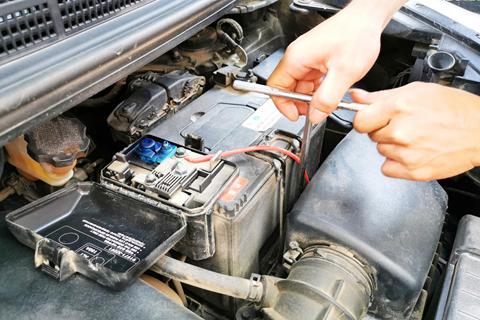 【我在广坛】新佳乐一条龙应急电源救援及换电池记