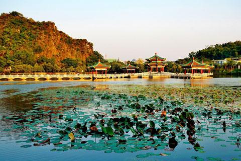 【广东深度游1】肇庆七星岩的湖光山色-日落黄昏金色幽影