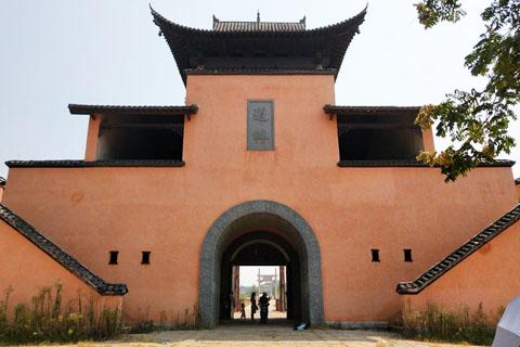 感受时代特色的印迹,参观道林古镇影视基地